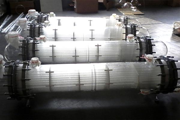 玻璃列管冷凝器的工作特点